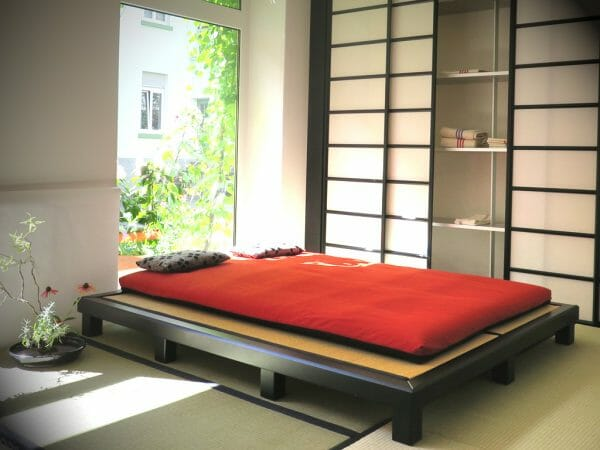 Tatami bed with futon