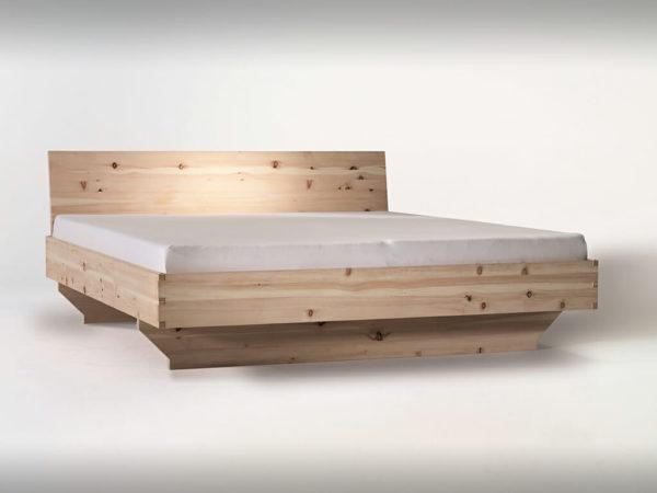 Zirbenholzbett metallfrei