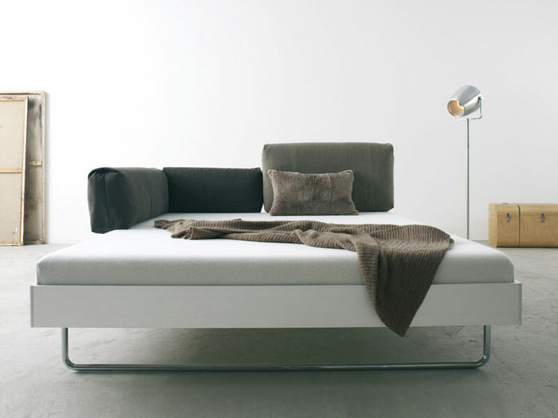bed with aluminium frame