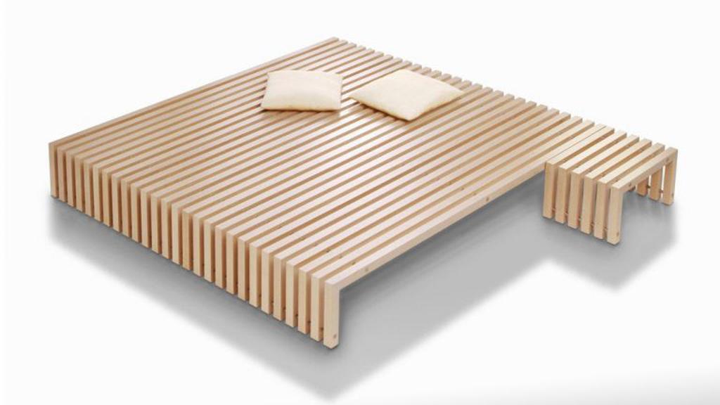 Lattenrostbett im japanischem Look