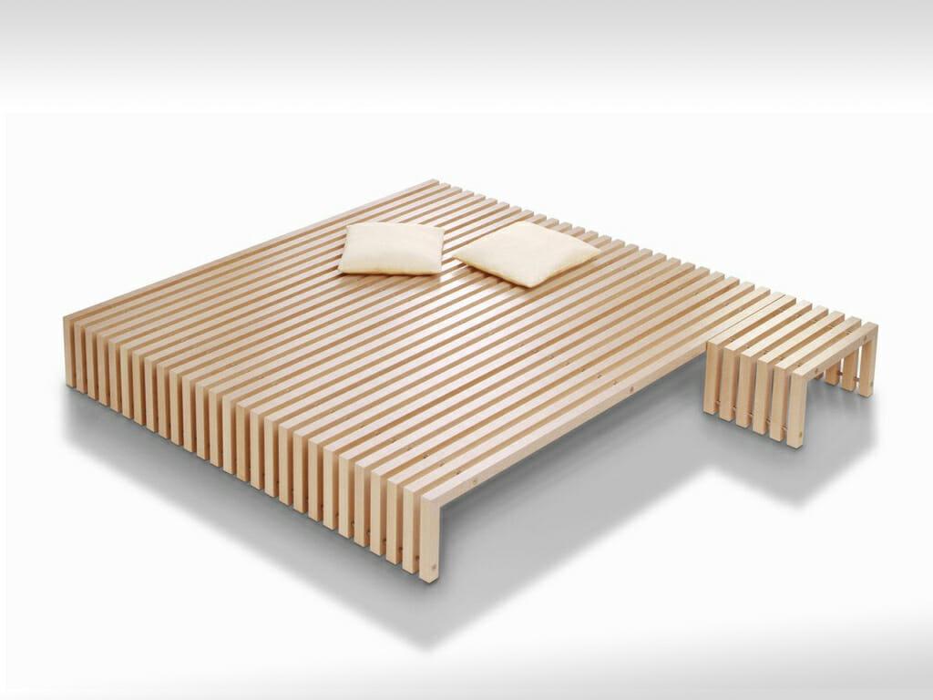 Spartanisches Bett im japanischem Stil