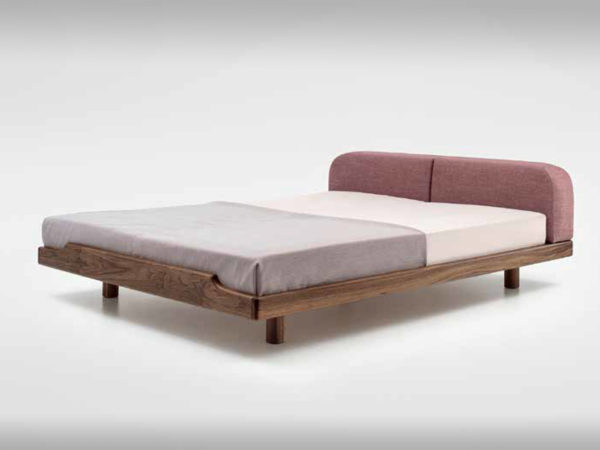 Miniamlistisches Bett
