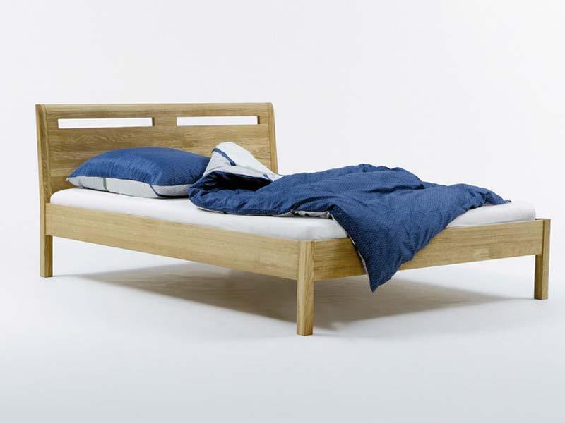 Bett in Eiche weiß geölt