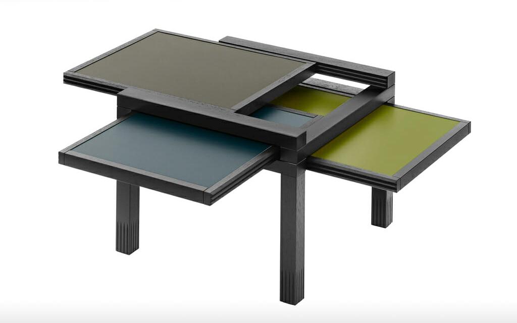 Tisch mit Wendeplatten